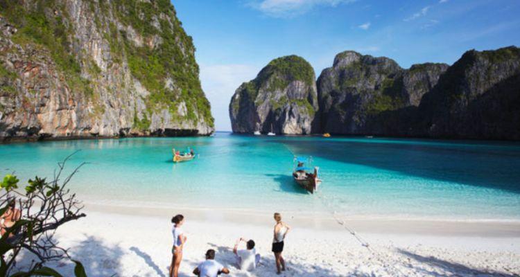 6 Tempat Terbaik di Phuket Yang Wajib Dikunjungi