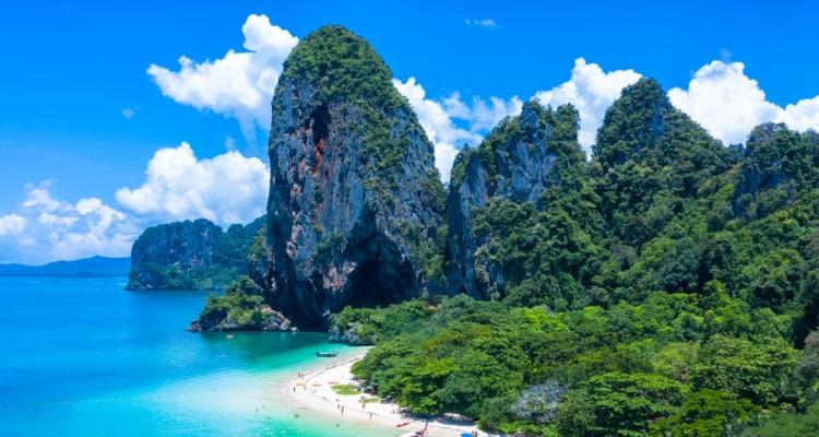 11 Wisata Pantai Paling Hits di Thailand